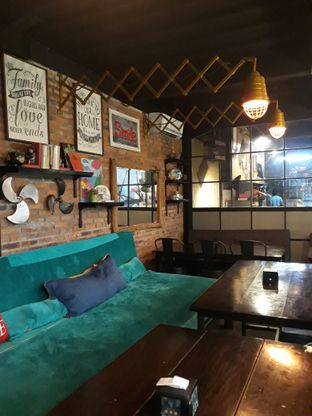 Foto 3 - Interior di Kitiran Resto & Cafe oleh Mouthgasm.jkt