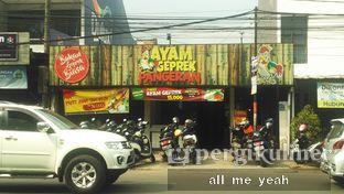 Foto 1 - Eksterior di Ayam Geprek Pangeran oleh Gregorius Bayu Aji Wibisono