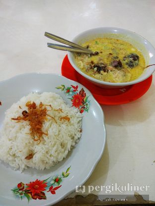 Foto 1 - Makanan(Soto Betawi) di Soto Betawi H. Husein oleh Rifky Syam Harahap | IG: @rifkyowi