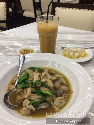 Foto 2 - Makanan di Trat Thai Eatery oleh Hungry Couplee