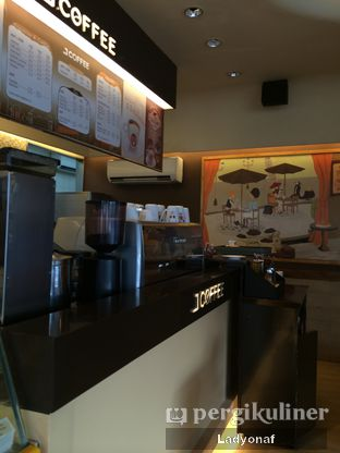 Foto 7 - Interior di J.CO Donuts & Coffee oleh Ladyonaf @placetogoandeat