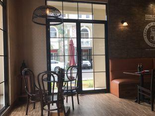 Foto 7 - Interior di Eataly Resto Cafe & Bar oleh Budi Lee