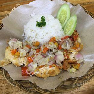 Foto 5 - Makanan di Bakso & Ayam Geprek Sewot oleh Lydia Adisuwignjo