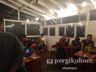 Foto 1 - Interior di Pikul Coffee & Roastery oleh Shanaz  Safira
