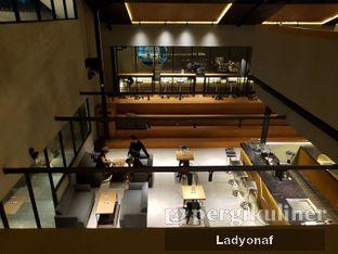 Foto 8 - Interior di Authentic Coffee oleh Ladyonaf @placetogoandeat