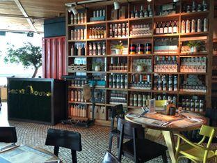 Foto 1 - Interior di Social House oleh om doyanjajan