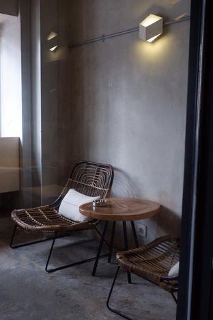 Foto 10 - Interior di Hiveworks Co-Work & Cafe oleh yudistira ishak abrar