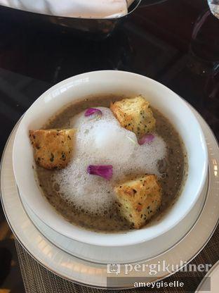 Foto 1 - Makanan di Alto Restaurant & Bar - Four Seasons oleh Hungry Mommy