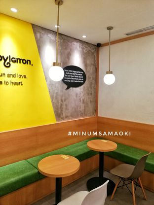 Foto 1 - Interior di Happy Lemon oleh @makansamaoki