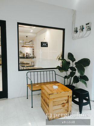 Foto 5 - Interior di Black Campaign Coffee oleh Syifa