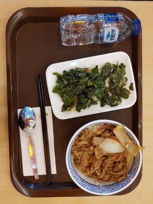 Foto 4 - Makanan di Yoshinoya oleh Amrinayu