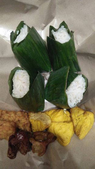 Foto 6 - Makanan di Nasi Uduk Kebon Kacang Puas Hati oleh Review Dika & Opik (@go2dika)