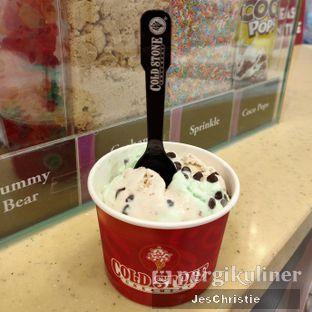 Foto 1 - Makanan(Mint + Yum Raisin) di Cold Stone Creamery oleh JC Wen