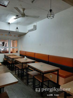 Foto 6 - Interior di Kaiju Coffee oleh Selfi Tan