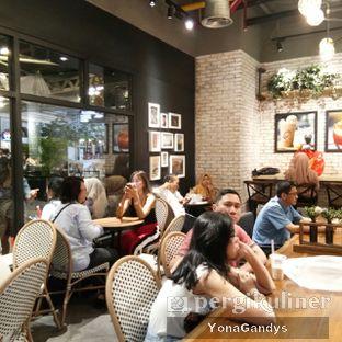 Foto 10 - Interior di KOI Cafe oleh Yona Gandys • @duolemak