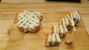 Foto review J Sushi oleh Evelin J 5