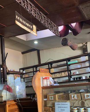 Foto 3 - Interior di Roti Gempol oleh Alexandra  Damayanthie