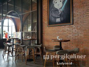 Foto 13 - Interior di The Brotherhood oleh Ladyonaf @placetogoandeat