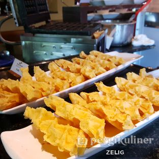 Foto review Verandah Restaurant - Novotel Bogor Golf Resort & Convention Center oleh @teddyzelig  6