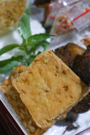 Foto 3 - Makanan di Bebek BKB oleh thehandsofcuisine