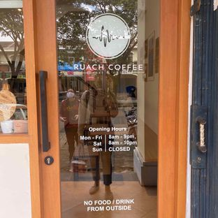 Foto 6 - Eksterior di Ruach Coffee oleh Levina JV (IG : @levina_eat & @levinajv)