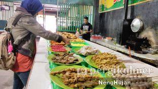 Foto 2 - Interior(Sebagian Menu Prasmanan) di Ayam Goreng & Ayam Bakar Sie Jeletot oleh Pecandukuliner | IG: @Pecandukuliner