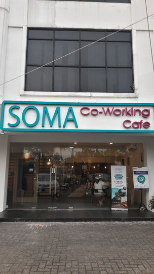 Foto review Soma Co-Working Cafe oleh Andri  5
