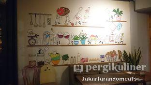 Foto 10 - Interior di Casadina Kitchen & Bakery oleh Jakartarandomeats