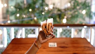 Foto 1 - Makanan di Bottlenose Shack oleh deasy foodie