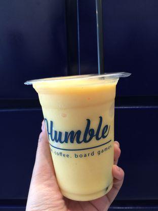 Foto 2 - Makanan(Mango Smoothie) di Humble oleh Elvira Sutanto