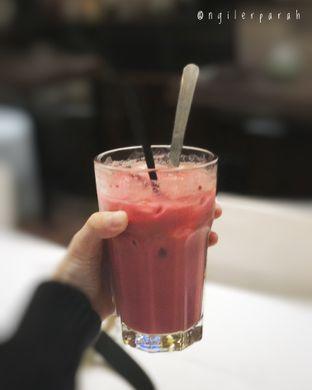 Foto 2 - Makanan(Red Velvet Latte) di Kopium Artisan Coffee oleh Ngiler Parah @ngilerparah