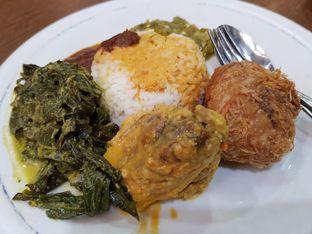 Foto 1 - Makanan di Restoran Sederhana SA oleh Amrinayu