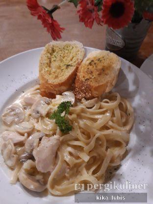 Foto 3 - Makanan di ROOFPARK Cafe & Restaurant oleh Kika Lubis