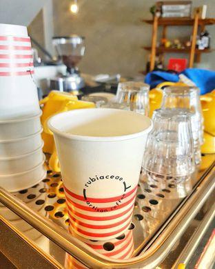 Foto review Rubiaceae Coffee oleh Rinni Kania 3
