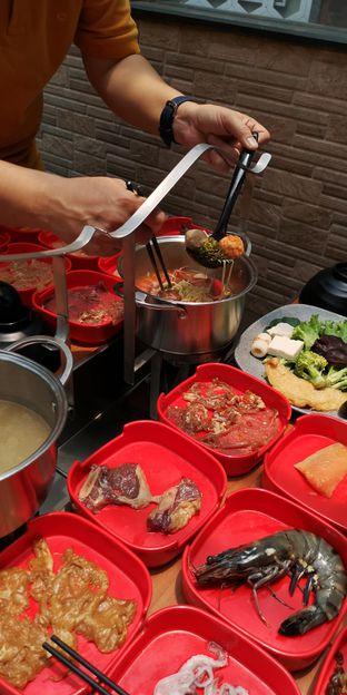 Foto 9 - Makanan di Nahm Thai Suki & Bbq oleh om doyanjajan