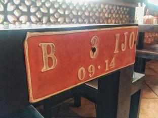 Foto 12 - Interior di Bebek Malio oleh Astrid Huang | @biteandbrew