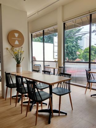 Foto 6 - Interior di Ardent Coffee oleh Ika Nurhayati