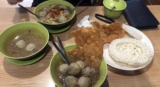 Foto 1 - Makanan di Bakso Solo Samrat oleh @eatfoodtravel