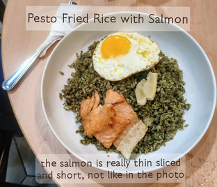 Foto 2 - Makanan(Salmon tipis dan kecil, dan ga utuh) di Mokka Coffee Cabana oleh Stephanie