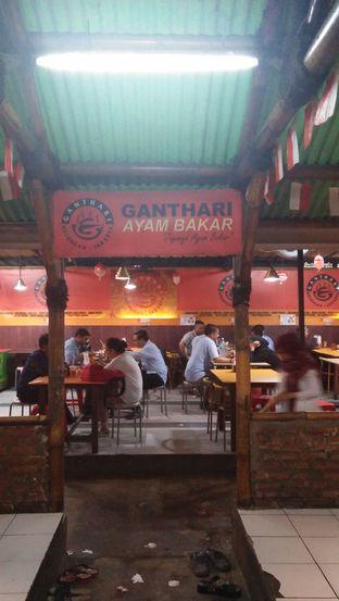 Foto 1 - Interior di Ganthari Ayam Bakar oleh Review Dika & Opik (@go2dika)