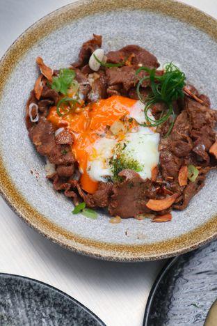 Foto 7 - Makanan di Yabai Izakaya oleh thehandsofcuisine
