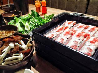 Foto 2 - Makanan di Shaburi & Kintan Buffet oleh Astrid Huang   @biteandbrew