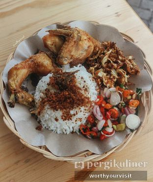 Foto review Ayam Penyet Keriting oleh Kintan & Revy @worthyourvisit 1