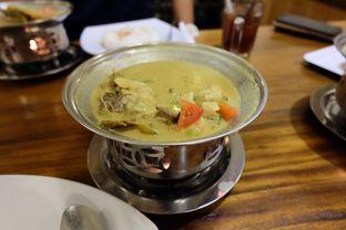 Foto 1 - Makanan di Soto Betawi Bang Sawit oleh Yuni