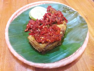 Foto review Mlinjo Cafe & Resto oleh Michael Wenadi  4