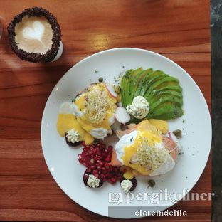 Foto review Poach'd Brunch & Coffee House oleh claredelfia  3