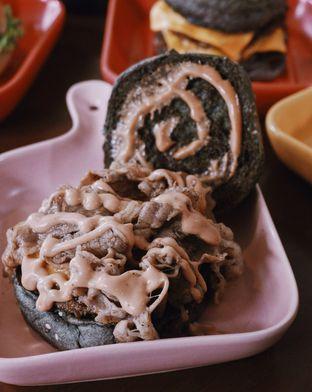Foto review Gandum Burger oleh Della Ayu 8