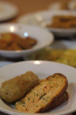Foto 3 - Makanan di Restoran Sederhana SA oleh thehandsofcuisine