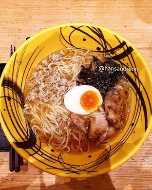Foto 2 - Makanan di Universal Noodle Ichiro Ramen Market oleh hansandrenn