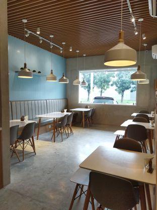 Foto 4 - Interior di Vallee Neuf Patisserie oleh Anne Yonathan